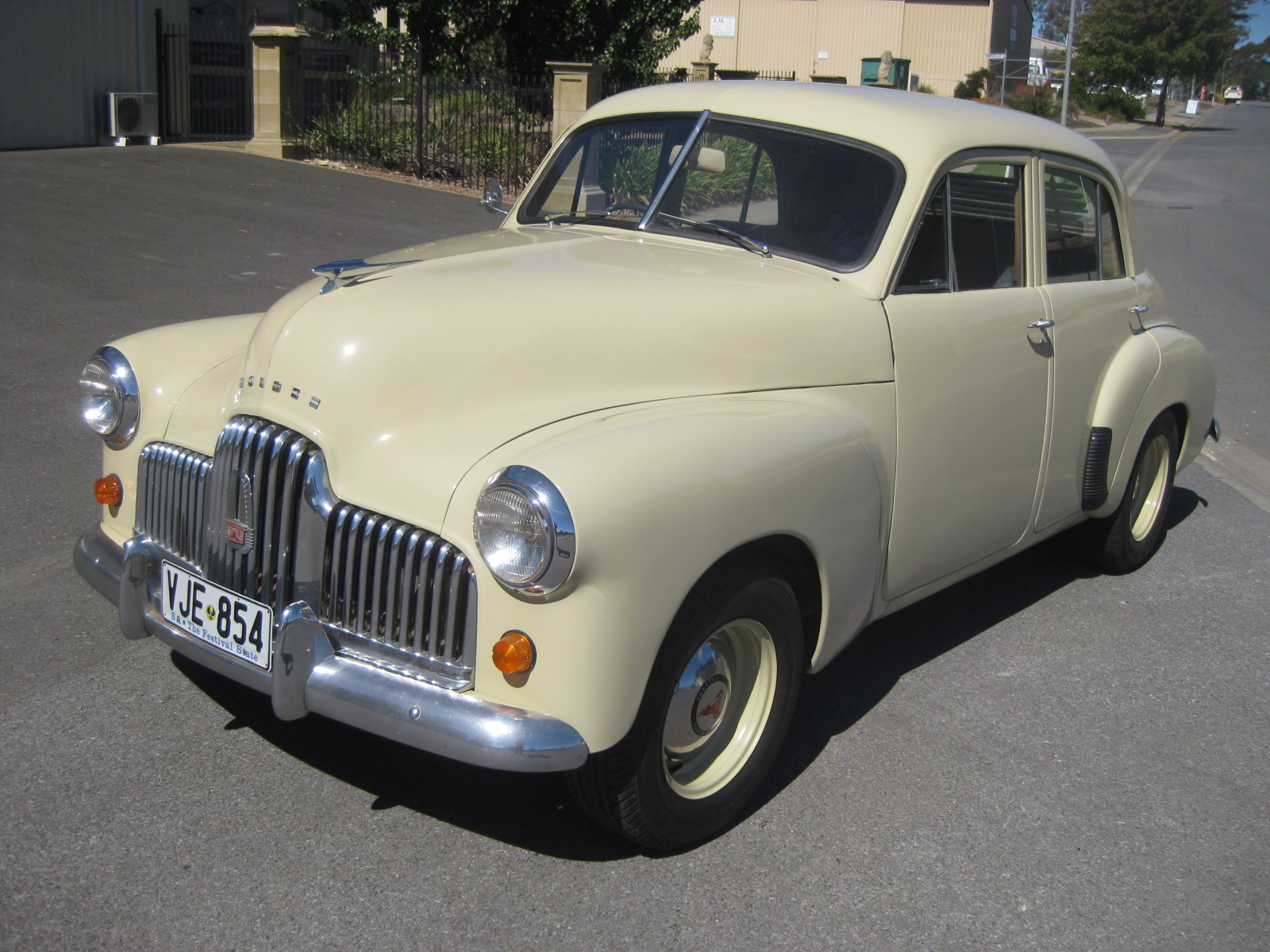 1953 Holden 48-215 (FX) – Collectable Classic Cars