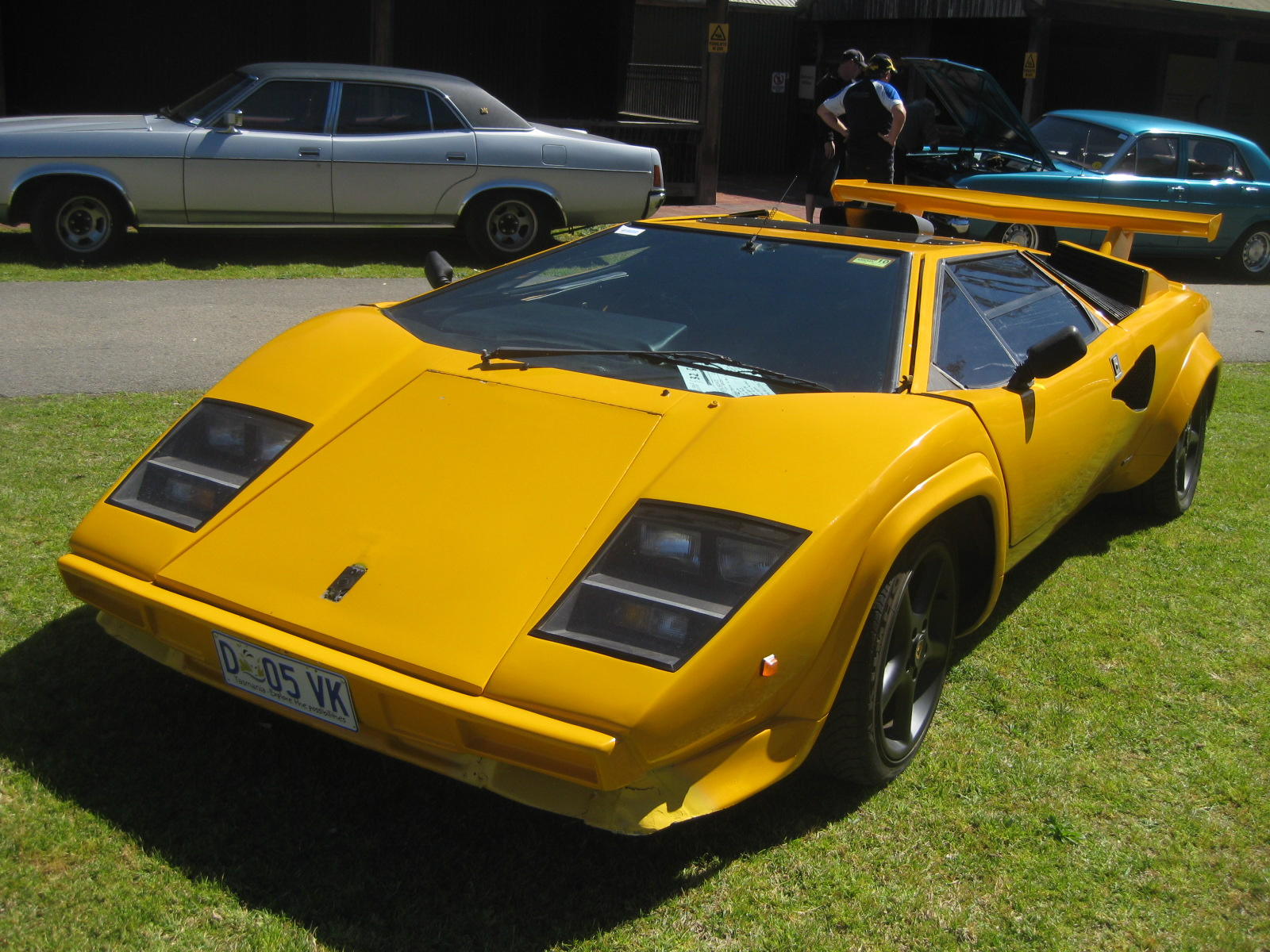 SOLD \u2013 SOLD \u2013 2001 Lamborghini Countach (Replica) \u2013 SOLD