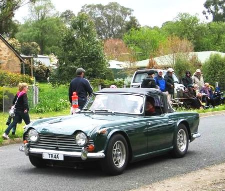Triumph TR4A IRS – Collectable Classic Cars